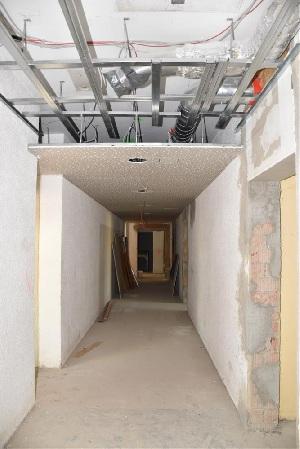 Baufortschritt nach einem Jahr - Gang hinter dem großen Saal